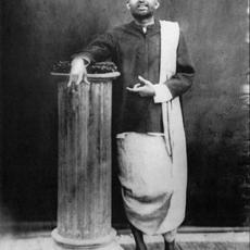 Life of Śrī Ramakrishna
